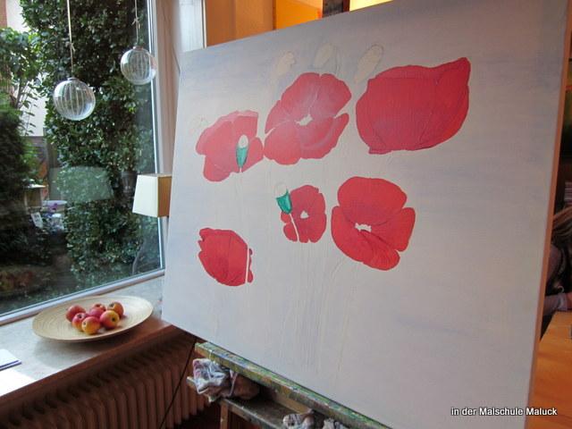 05 Ein Mohnbild in Acrylfarbe entsteht in der Malschule Maluck